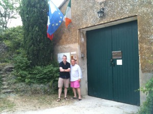 Gary Gubbins of Red Nose Wine with Gay McGuiness at Domaine des Anges